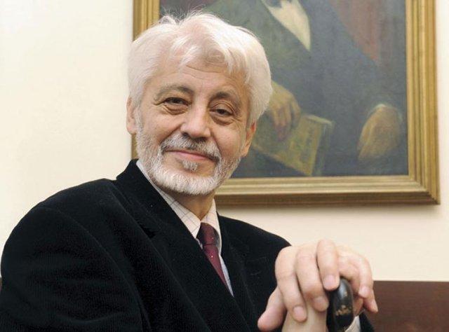 Милован Витезовић: Направили су нам театар од земље, толика је наша драма