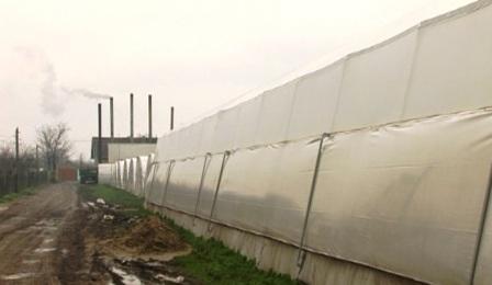 Пољопривредници из Куршумлије добили на поклон пластенике