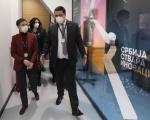 Брнабић у Нишу: Нису проблем болнички капацитети, нема довољно здравствених радника
