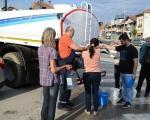 Problem vodosnabdevanja u Prokuplju nakon poplava - cisterne sa vodom u delovima grada