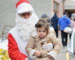 Пиротски Деда Мраз Станко, већ четрдесет година увесељава малишане