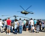 Најмлађи уживали: Отворени дан на нишком војном аеродрому