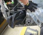 Крио хероин у вратима аутомобила