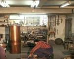 Дипломирани инжењер машинства чува традицију казанџијског заната у Прокупљу (ВИДЕО)