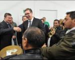 Trubači iznenadili Vučića, Knežević častio sa 500 dinara (VIDEO)