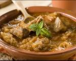 Рецепти југа Србије: Кисели купус са овчетином
