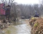 Коначно почело прочишћавање корита Кутинске реке
