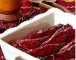 Stari recepti juga Srbije: Vreme je južnjačke, suve paprike sa mesom