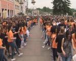 Матуранти данас плешу на две локације у Нишу!?
