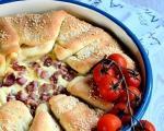Stari recepti juga Srbije: Preklopljena pita sa sirom i slaninom