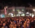 12. protest u Nišu - baklje ispred RTS-a