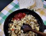 Стари рецепти југа Србије: Спржа са киселим паприкама