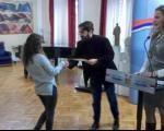 """Нишким ученицима уручене """"Видовданске награде"""""""