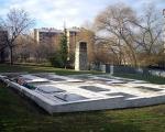 Млади сређују војничко гробље у Нишу