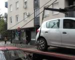 """Радници """"Паркинг сервиса"""" искидали електричне инсталације односећи прописно паркирано возило Туристичке организације"""