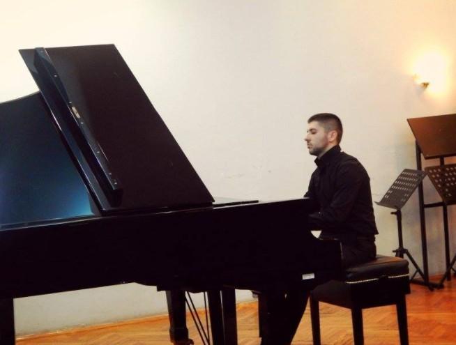 Концерт нишког пијанисте у цркви Светог Марка у Београду