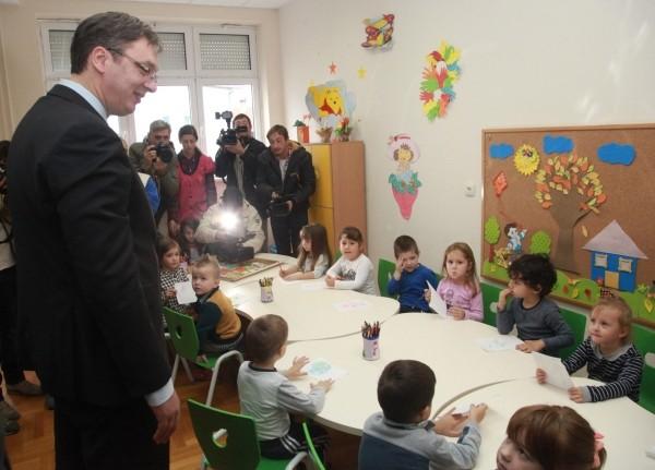 Премијер Вучић у посети Толичком округу (ФОТО)