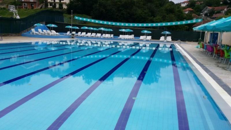 Данас почео са радом градски базен у Куршумлији