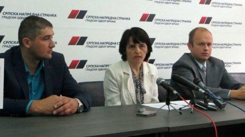 Nevenka Kostadinov sa saradnicima