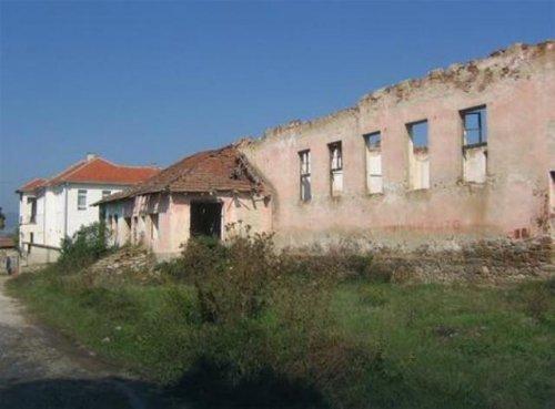 Raskomadano telo novorođenčeta otkrili meštani, Foto: V.Pešić, RAS Srbija