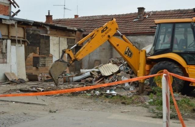 Počelo rušenje objekata zbog izgradnje važne saobraćajnice u Leskovcu