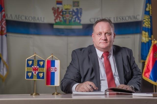 Градоначелници Лесковца и Врања упутили божићну честитику