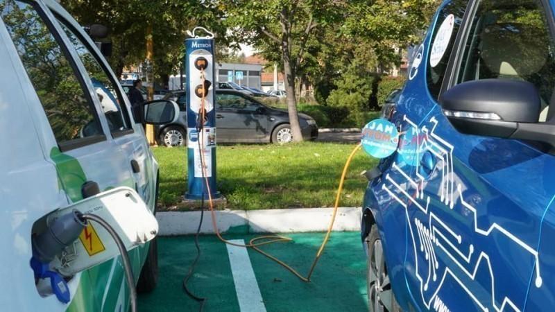 U Nišu postavljen prvi javni punjač za električne automobile