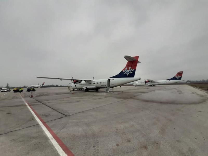 Авиони због магле уместо у Београд слећу у Ниш