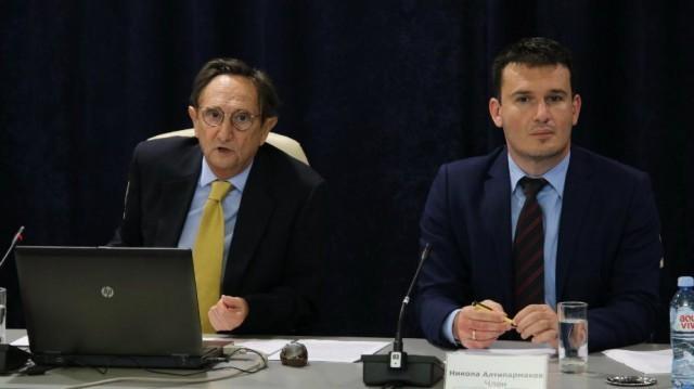Фискални савет о повећању плата и помоћи пензионерима
