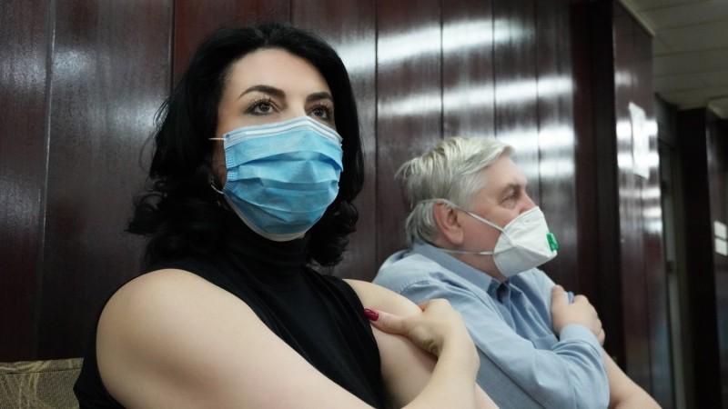 Ради здравља, заштите других и као пример, градоначелница Сотировски примила вакцину