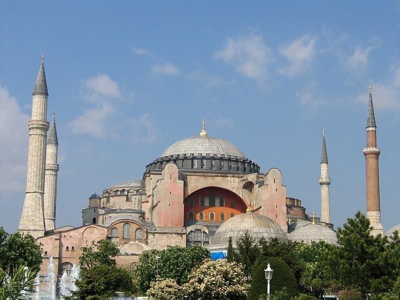 Трагична вест за православне: Суд у Турској одлучио - Некада највећи хришћански храм Аја Софија постаје џамија