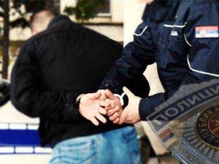 Младић из Прокупља обијао викендице и куће - крао алат, отимао новац