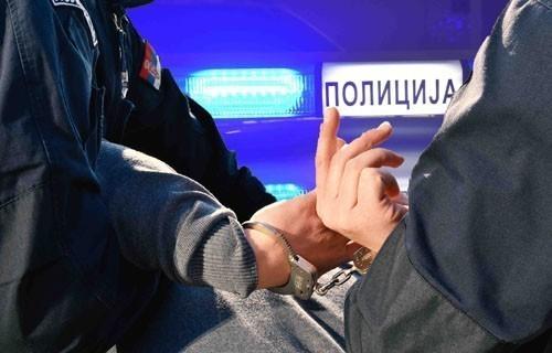 Ухапшен осумњичени за паљење аутомобила код Народног позоришта у Нишу