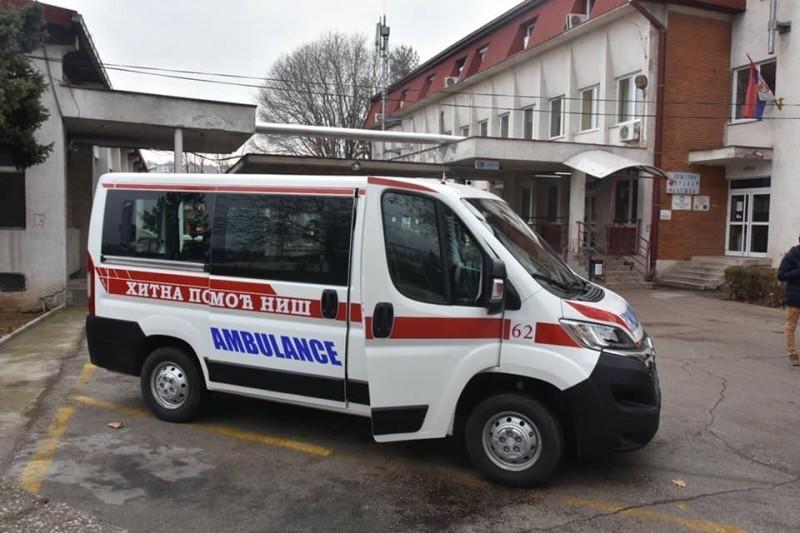 Niškoj Hitnoj pomoći uručeno Sanitet vozilo