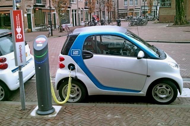 Da li je svet spreman za električne automobile? - Srbija nije!