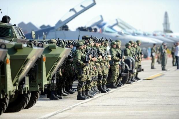 Набавка Мигова и другог наоружања за Војску Србије изазвала подозрење у неким центрима Фото Никола Скендерија