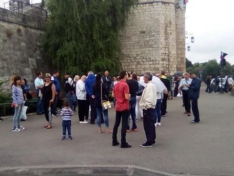 Јединствена Србија: Бесплатан превоз за најугроженије социјалне категорије у Нишу