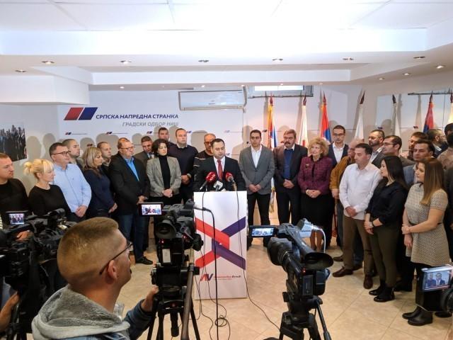 Одборници Јединствене Србије у Нишу од данас код напредњака