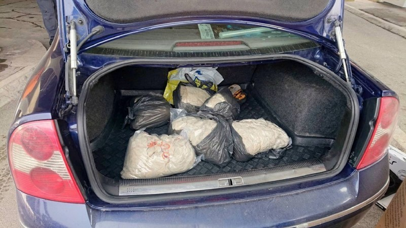 Веровали или не: Шверц 150 килограма овчијих црева за кобасицу (ФОТО)