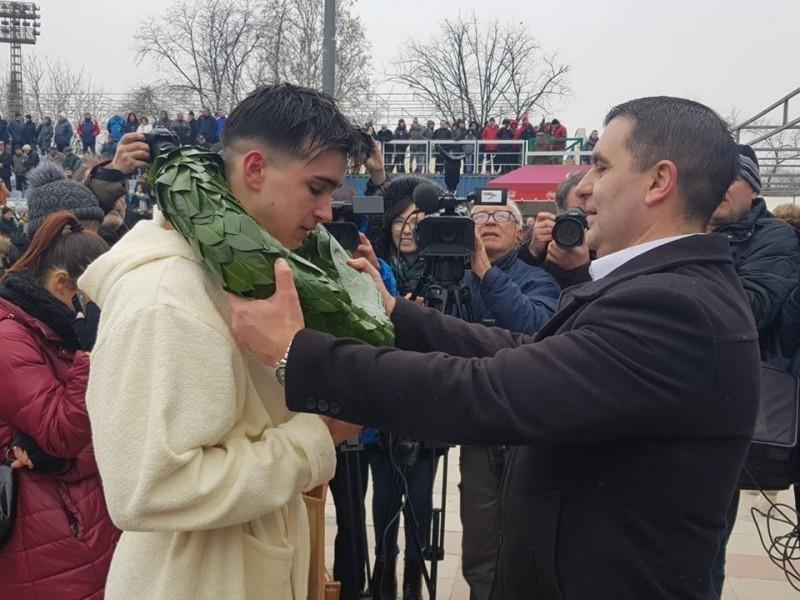 U Nišu najmlađi učesnik, u Prokuplju dvadesetšestogodišnjak osvojili Časni krst