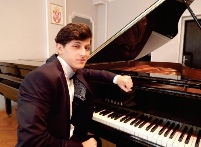 Клавирски концерт Кристијана Вучковића