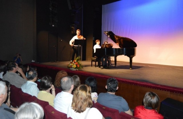 Otvoren jubilarni LEDAMUS u Leskovcu