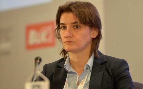 Брнабић: Запошљаваћемо порезнике и инспекторе