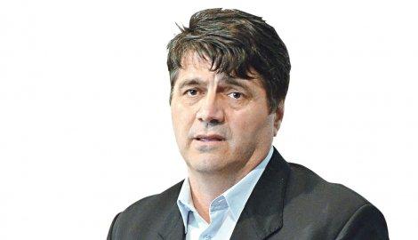 Булатовић поднео оставку у Радничком