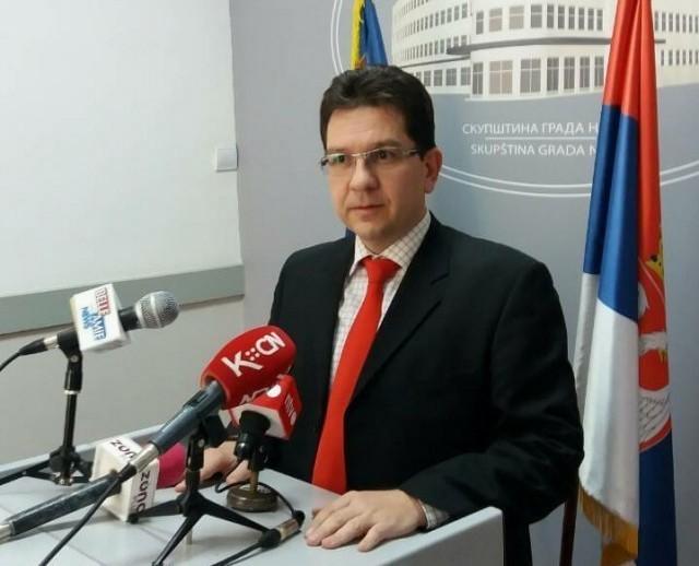 ДЈБ Ниш: Где су обећане инвестиције за унапређење пословања нишког аеродрома?