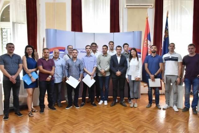 Četiri miliona dinara za projekte mladih
