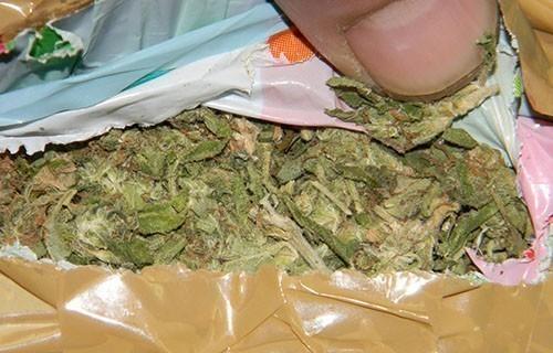 Заплењена марихуана, ухапшени осумњичени