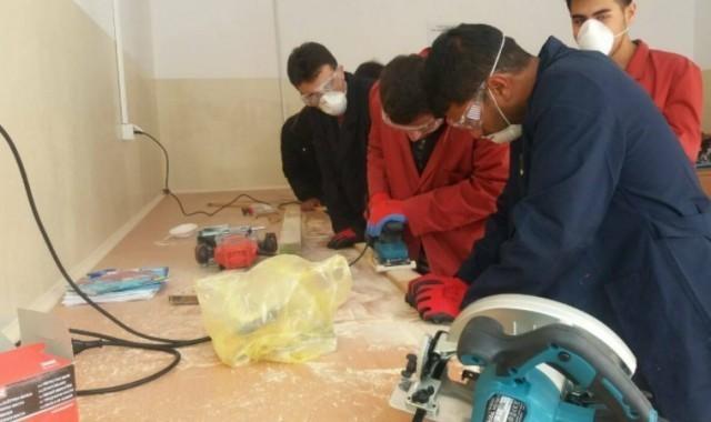 Мигранти у Прешеву обучавају се за столаре