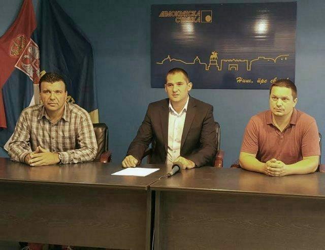 Одборници нишког ДС-а напустили седницу СГ Ниша