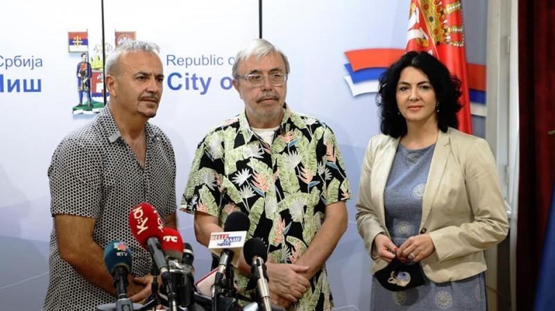 """Neki drugi """"Nišvil"""", pijanisti i kompozitoru Milošu Krstiću uručena nagrada za životno delo """"Nišvil"""" džez festivala"""